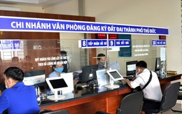 TPHCM: Cán bộ mở điện thoại 24/24h, không ra khỏi nhà khi không cần thiết