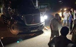 Va chạm với xe đầu kéo, người đàn ông đi xe máy tử vong tại chỗ