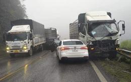 9 ô tô va chạm trên quốc lộ 6 khiến giao thông ùn tắc kéo dài