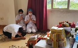 Rớt nước mắt cảnh nữ điều dưỡng chống COVID-19 vọng bái cha vì không thể về chịu tang