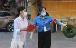 Trường chuyên đầu tiên ở Hà Nội hạ điểm chuẩn