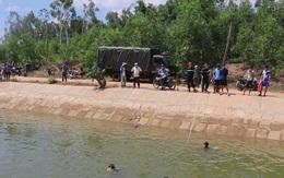 Phát hiện thi thể cô gái cùng xe máy dưới kênh dẫn nước