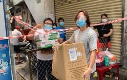 Bị nói 'kinh doanh nghề từ thiện' giữa mùa dịch, Việt Hương lên tiếng đáp trả căng đét