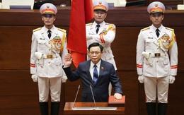 Dưới cờ đỏ sao vàng thiêng liêng, Chủ tịch Quốc hội khóa XV tuyên thệ nhậm chức