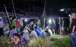 Cảnh sát đột kích bắt hàng chục nam nữ tụ tập đánh bạc khi đang thực hiện giãn cách xã hội theo Chỉ thị 16
