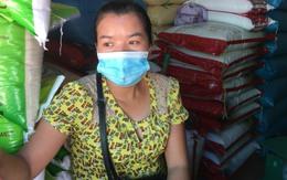 Cận cảnh người dân Hà Nội đi chợ bằng tem phiếu do dịch COVID-19