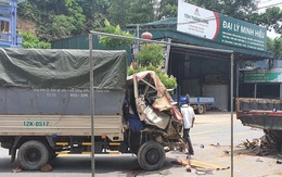 Phú Thọ: Đâm vào xe tải đang đỗ bên đường, 3 người trong gia đình thương vong