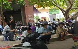 Hà Nội: Nhiều người vẫn chủ quan phòng, chống dịch COVID-19 nơi công cộng