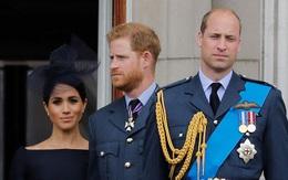 Meghan Markle làm hoàng gia 'khó chịu từ đầu'