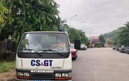 Cảnh sát hú còi xe chuyên dụng đưa thí sinh quên giấy tờ kịp đến điểm thi