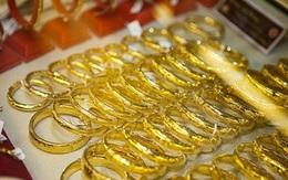 Nhà đầu tư tháo chạy, ồ ạt bán tháo vàng