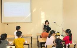Nghị lực phi thường của cô giáo không có hai tay