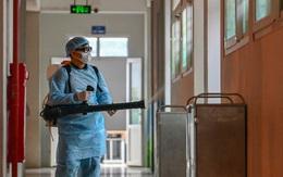 Bộ Y tế: Tuyệt đối không phun khử khuẩn lên người nhân viên y tế, bệnh nhân