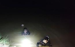 Cảnh sát dùng camera, giăng lưới tìm 2 người mất tích
