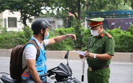 """Số ca mắc ngoài cộng đồng không có dấu hiệu """"hạ nhiệt"""", 72 người ở Hà Nội vẫn không chịu đeo khẩu trang nơi công cộng"""