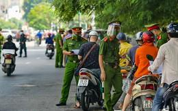 Phát lộ hàng trăm ngàn khẩu trang y tế không rõ nguồn gốc, Hà Nội vẫn có 22 người không chịu đeo khẩu trang