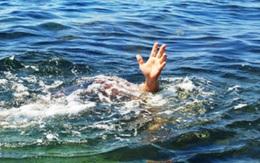 Rủ nhau đi tắm đập, 3 học sinh đuối nước tử vong