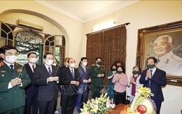 Chủ tịch nước dâng hương tưởng niệm Đại tướng Võ Nguyên Giáp