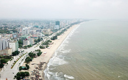 Sầm Sơn dừng tắm biển từ 12h trưa nay