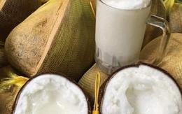 """300.000 đồng/quả dừa sáp vẫn được săn đón """"bất chấp"""" COVID-19"""