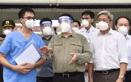 Thủ tướng trực tiếp kiểm tra đường dây nóng hỗ trợ y tế, an sinh ở Bình Dương