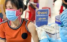 300 nhân viên y tế VNVC tham gia chiến dịch tiêm vaccine COVID-19 thần tốc của Bình Dương