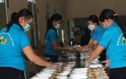 Hàng nghìn suất cơm miễn phí vận chuyển vào các khu cách ly tập trung tại Thanh Hóa