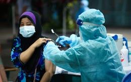 TP.HCM: Tiêm vaccine cho cộng đồng người Chăm