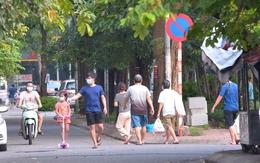 Hà Nội chưa hết giãn cách, người dân đã vô tư ra đường tập thể dục