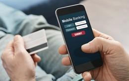 """Tài khoản bị khóa, """"nhân viên ngân hàng"""" gọi điện hướng dẫn mở, người đàn ông liền bị hack 900 triệu đồng vì làm theo"""