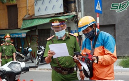 Hà Nội phân cấp cho CSGT và công an địa phương trực tiếp cấp giấy đi đường cho người dân