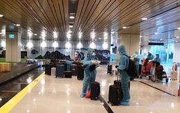 """Quảng Ninh đón chuyến bay đầu tiên thí điểm với """"hộ chiếu vaccine"""""""