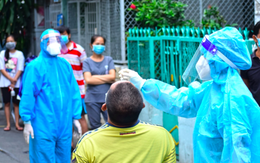 Một shipper mắc COVID-19, Hà Nội thêm 40 ca nhiễm mới