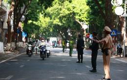 Hà Nội cho phép người dân dùng giấy đi đường cũ, kết hợp cấp mới