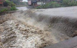 Quảng Ninh: 2 công nhân bị nước cuốn trôi
