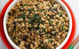 Hến xào lá lốt giản dị ngon cơm