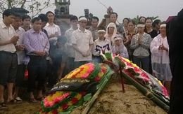 Xót thương giáo viên tử nạn vì lũ cuốn