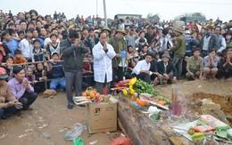 Bí ẩn trong ngôi mộ cổ 300 tuổi ở Quốc Oai, Hà Nội