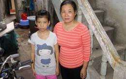 Xót xa cô bé nặng 26kg, cuộc đời phụ thuộc vào những bịch máu