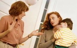 """""""Bó tay"""" bà nội sợ cực không chăm cháu"""