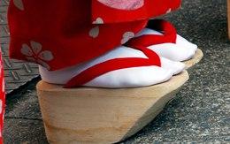 """Ngắm những đôi giày """"kỳ quái"""" nhất trên thế giới"""