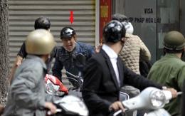 Nhà báo truy đuổi tên cướp như phim hành động