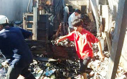 Bé gái và cha mẹ tử vong trong vựa phế liệu bốc cháy