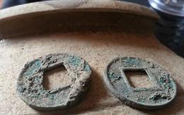 Người dân đổ xô đi đào tiền lạ ở Hà Nội