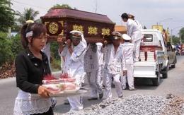 Rớt nước mắt đám tang 3 mẹ con tử nạn trên cầu Cần Thơ