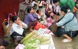 Độc đáo khu chợ Việt lưu hành cùng lúc 3 loại tiền
