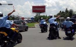 """Dàn xe """"khủng"""" hộ tống Nick Vujicic bị bắt giữ"""
