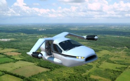Tranh nhau đặt mua ô tô bay giá 6 tỷ đồng