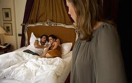 Nửa đêm bắt gặp chồng trên giường với ôsin