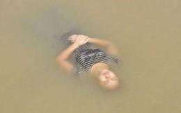 """Giận chồng, tự tử rồi """"ngủ quên"""" giữa sông"""